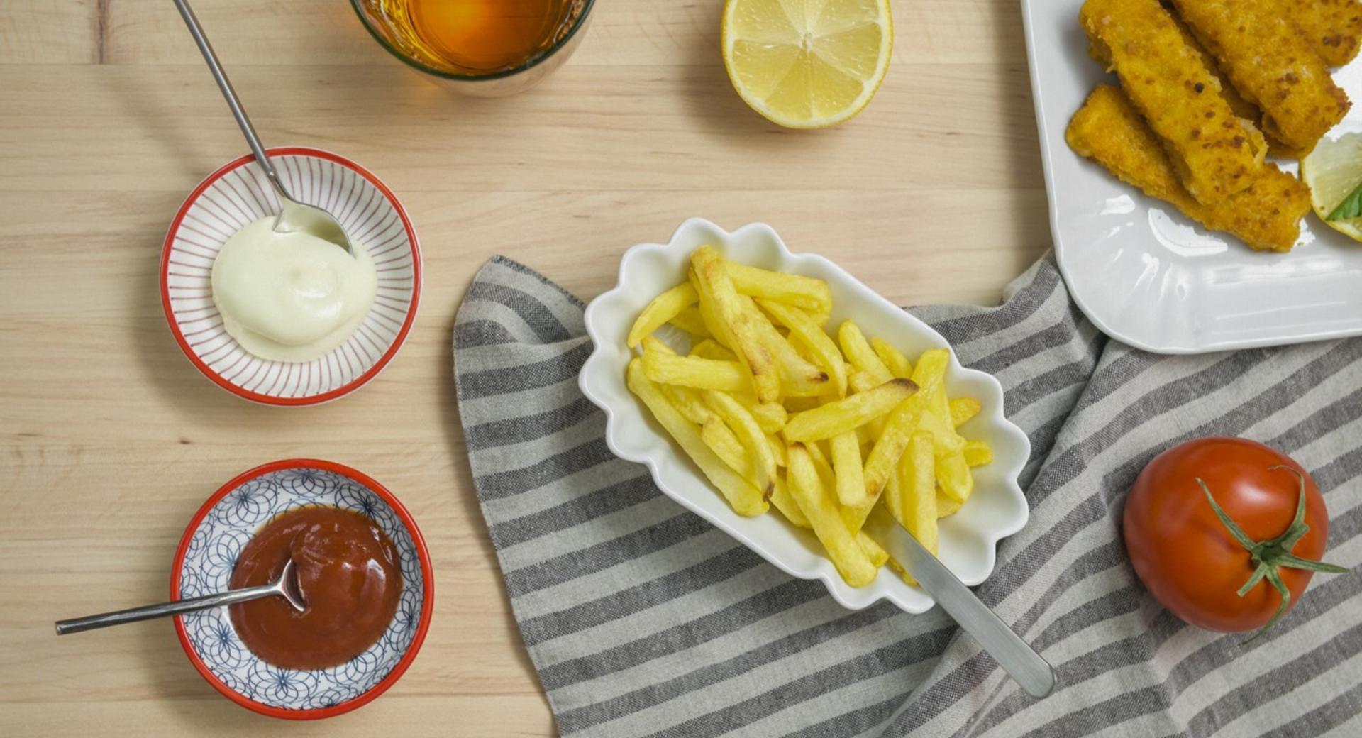 Patatas fritas (al horno)