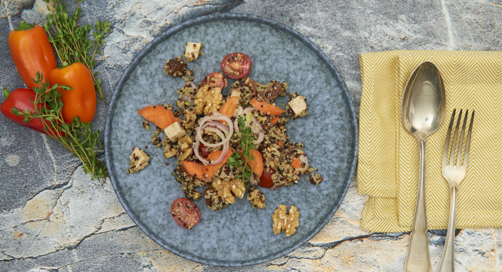 Ensalada vegana de quinoa