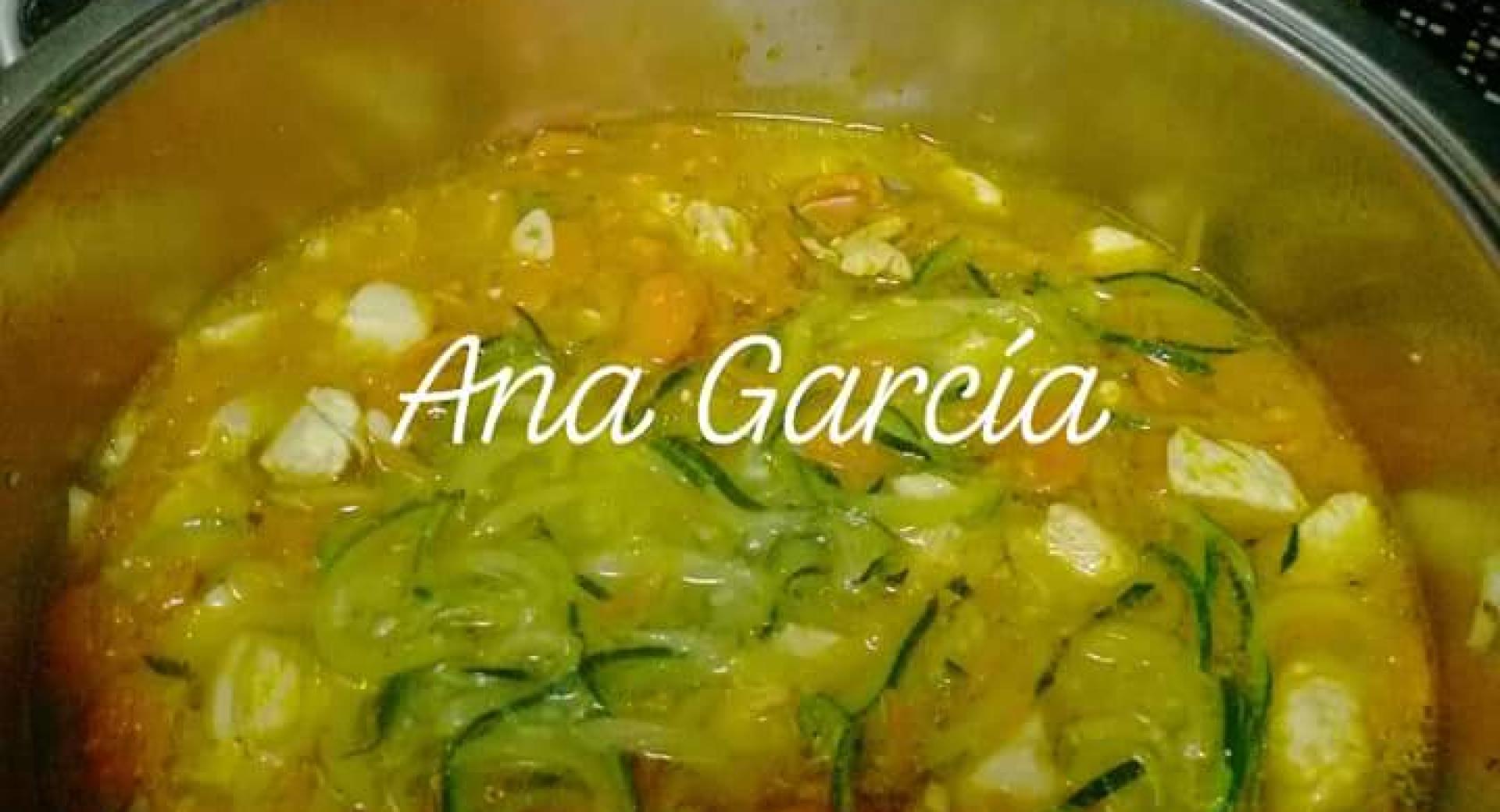Espaguetis de verduras con pollo al curry