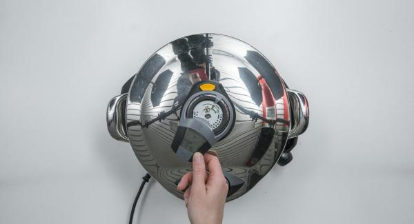 "Si la temperatura es demasiado baja, el Avisador (Audiotherm) mostrará ""+"". Aumentar la temperatura del fogón."