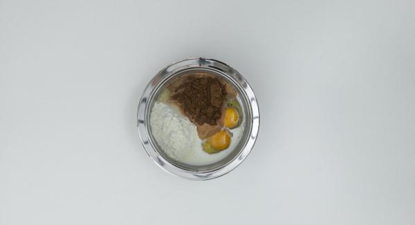 En un bol, mezclar todos los ingredientes hasta formar una crema ligera y dejar reposar durante 30 minutos.