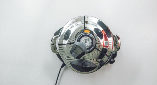 Cuando el Avisador (Audiotherm) emita un pitido al finalizar el tiempo de cocción, retirar del fuego y dejar que se despresurice.