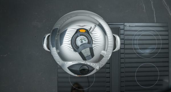 """Cuando el Avisador (Audiotherm) emita un pitido al llegar a la ventana """"soft"""", bajar temperatura y cocinar hasta el final."""