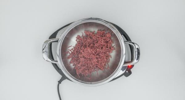 """Cuando el Avisador (Audiotherm) emita un pitido al llegar a la ventana de """"chuleta"""", bajar temperatura de Navigenio (nivel 2) y freír la carne picada."""