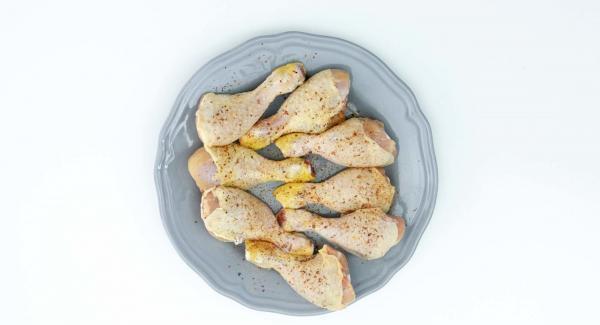 Adobar el pollo, se puede utilizar las especias Intenso de AMC.