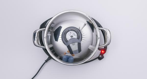 """Cuando el Avisador (Audiotherm) emita un pitido al llegar a la ventana de """"chuleta"""", colocar el Navigenio en modo de horno (poniéndolo invertido encima de la olla)."""