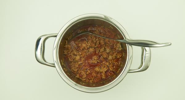 Finalizado el tiempo de cocción, dejar despresurizar. Quitar las hojas de laurel.