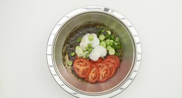 En un bol, incorporar todos los ingredientes.