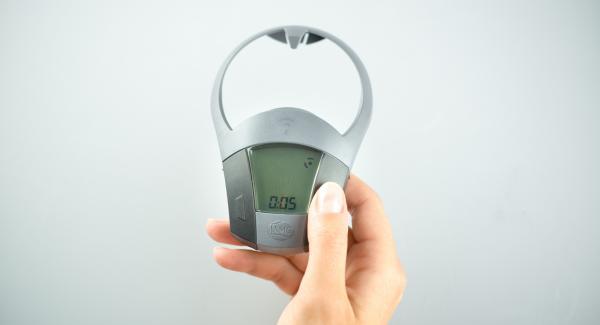 """Ajustar Navigenio en la función """"A"""". Encender Avisador (Audiotherm), introducir 5 minutos de tiempo de cocción, colocar en el pomo (Visiotherm) y girar hasta que aparezca el símbolo de """"vapor""""."""