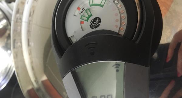 """Tapamos con la Tapa Rápida y ponemos el avisador 8 minutos, colocándolo en """"Turbo"""""""